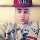 Justin-Bieber-Celeb-Twitpics-Jan_11-Twitter