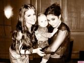 Selena-Gomez-Celeb-Twitpics-Jan_12-Twitter-580x435