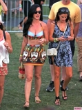 Coachella-Music-Festival-Day-Celebrity-Sightings-04132013-11-435x580