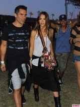 coachella-weekend2-celeb-sightings-042013-435x580