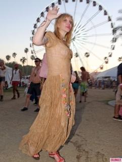 FFN_Coachella_Day2_PRCPROMI_042013_51074209-435x580
