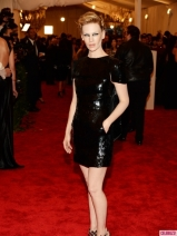 January-Jones-Met-Gala-2013-435x580