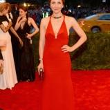 Maggie-Gyllenhaal-Met-Gala-2013-435x580