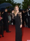 The_Great_Gatsby_Premiere_during_the_66th_Annual_Cannes_Film_Festival-435x580